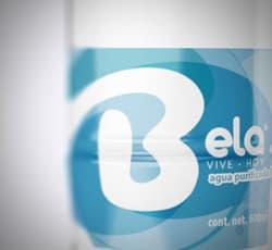 agua purificada embotellada inmaculada bela botella de agua