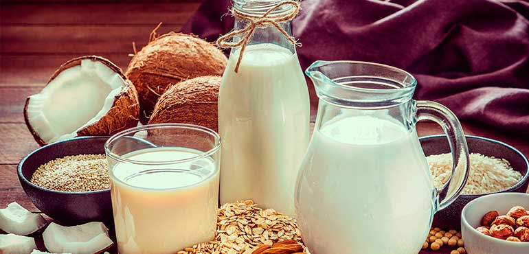 Recetas económicas leches vegetales o veganas