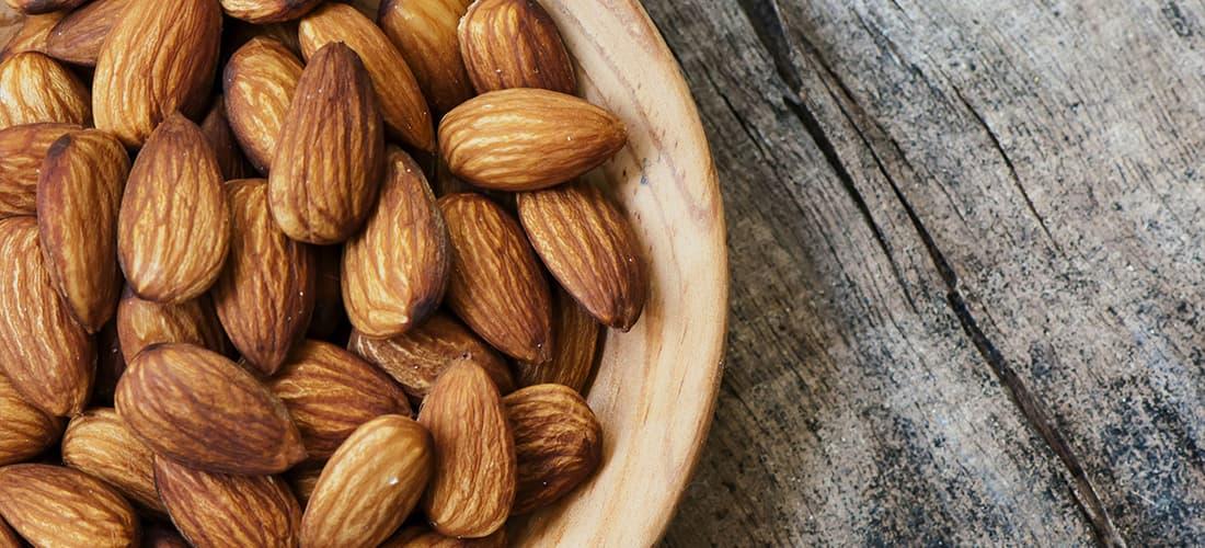Almendras alimentos saludables para combatir la ansiedad y el estrés