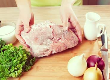 Consejos para descongelar comida fácil, rápido y seguro