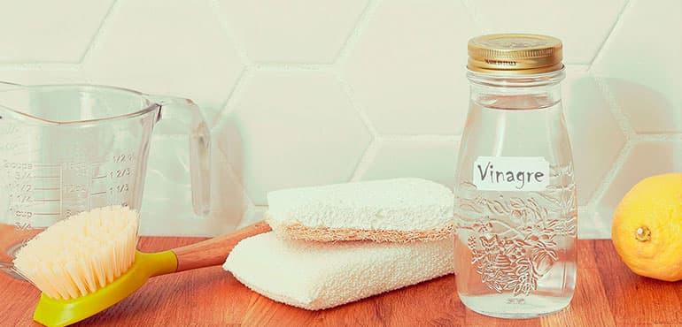 usos del vinagre blanco y de manzana en el hogar