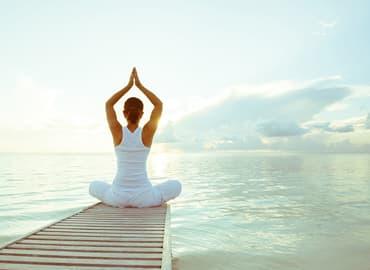 Yoga para la salud beneficios antiestres cuerpo saludable